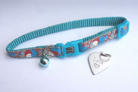 DESIGNER TEAL HEART SAFETY RELEASE CAT COLLAR WITH HEART TAG ENGRAVED BOTH SIDES